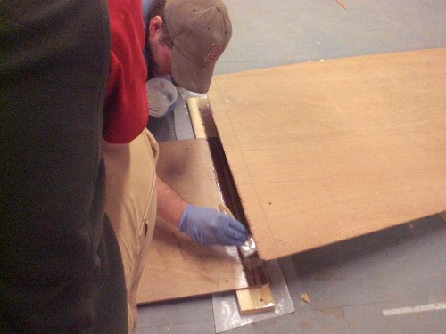 Applying Thickened Epoxy to Plywood Scarf